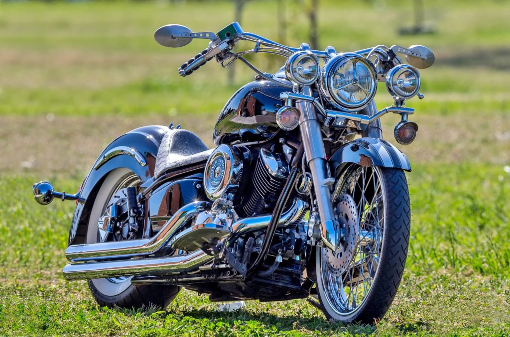 Yamaha V Star Raven as one of the best bike for beginners.