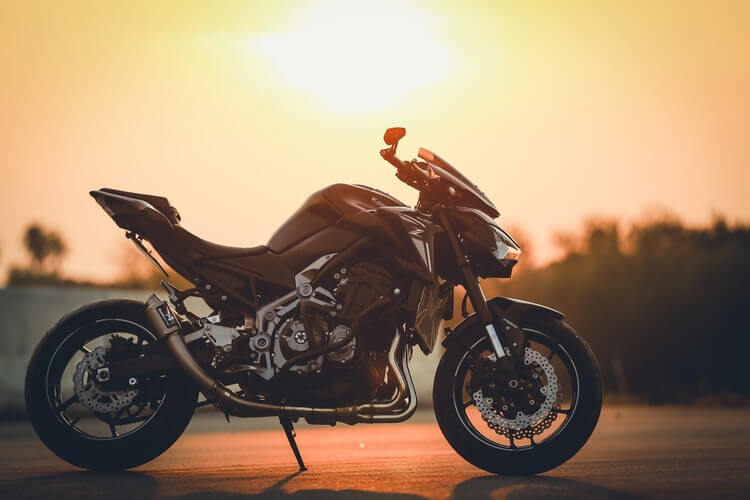 What kind of course should I take as a new motorcycle rider?