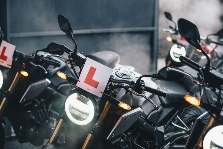 How long does it take to learn to ride a motorcycle?