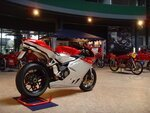 Find out cool features of MV Agusta F4 1078