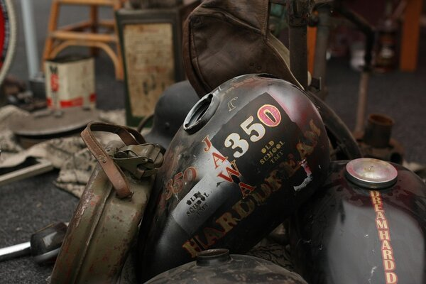 How To Fix A Leak In A Motorcycle Gas Tank