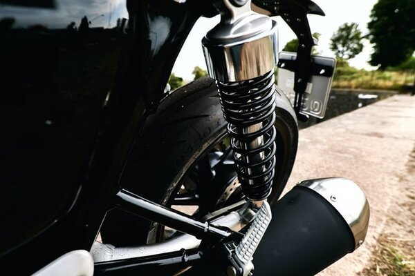 How Do I Know If My Motorcycle Rear Shocks Are Bad