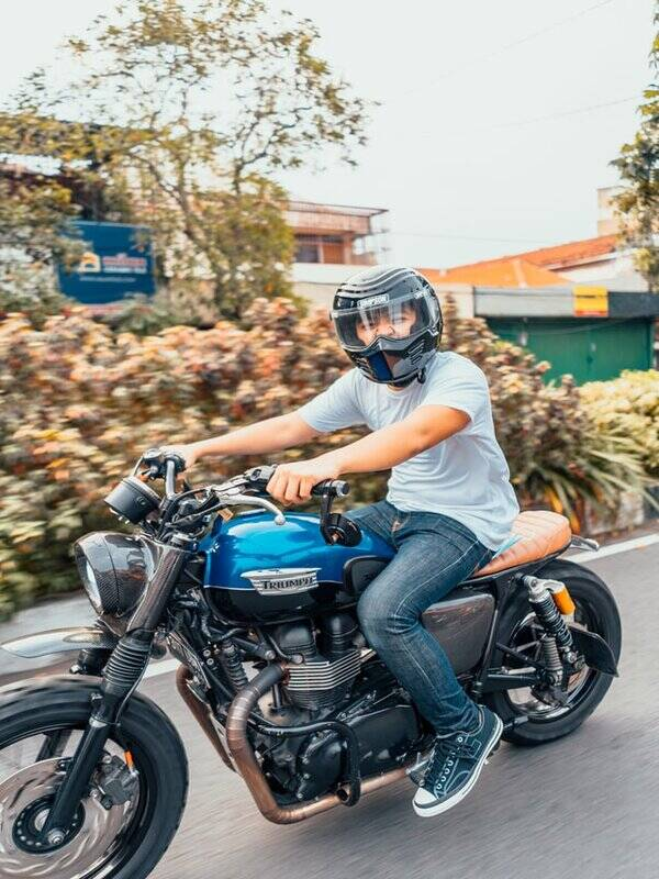 How To Fix Motorcycle Running Lean