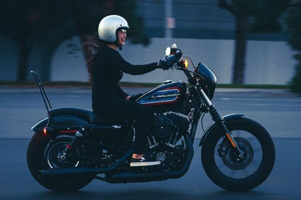 Can A Small Woman Handle A Big Touring Motorcycle